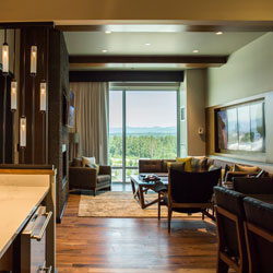 Stay and play in our luxurious rooms like the Cascade Suite with a beautiful view in the fabulous Tulalip Resort Casino near Marysville, just north of Seattle on I-5!