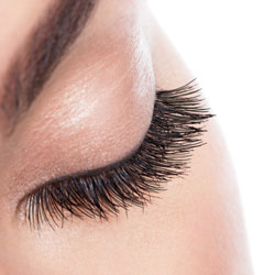 Hybrid Lashes service at T Spa