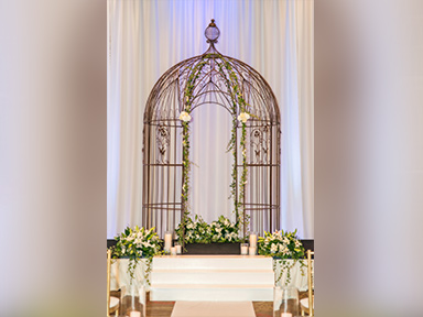 Tulalip Resort Casino Meetings and Events Weddings ceremony showing the Trellis