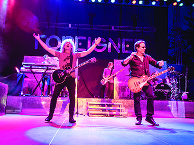 Play slots at Tulalip Resort Casino just north of Bellevue near Marysville, WA on I-5 and enjoy live music – scene of Foreigner front men!